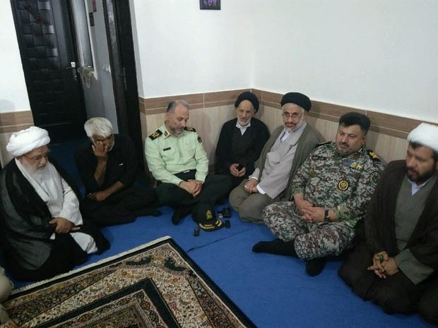 امام جمعه بیرجند با خانواده شهید یوسفی دیدار کرد