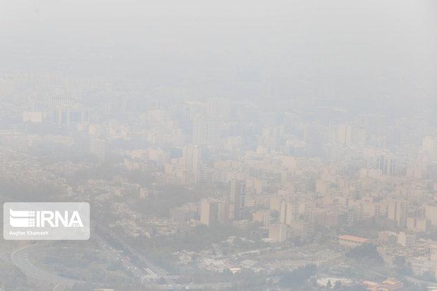 کیفیت هوای تهران برای همه افراد جامعه ناسالم شد