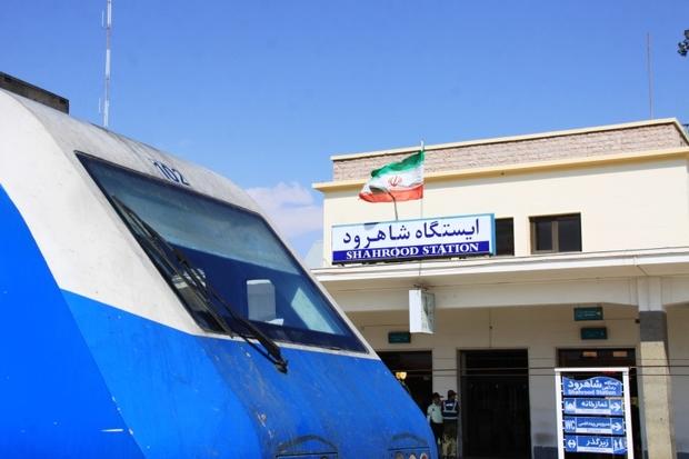 سالن مسافری ایستگاه راه آهن شاهرود توسعه می یابد