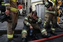 مصدومیت دو آتشنشان حین اطفای حریق در یک کارخانه