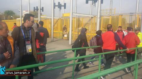 حضور پرشور هواداران پرسپولیس در ورزشگاه آزادی