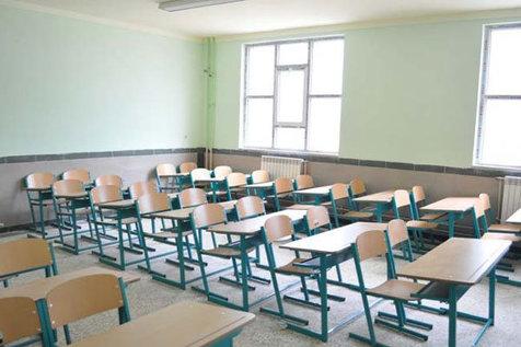 تیربرق جان دانش آموزان را تهدید می کند/روایت اخراج مدیر مدرسه از دفتر رئیس اداره برق