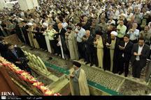 نماز عید فطر به صورت باشکوه در قم اقامه شد