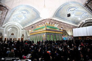 مراسم عزاداری شب شهادت حضرت زهرا (س) در حرم امام خمینی