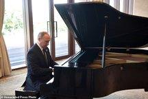 عکس/ پوتین پیانیست