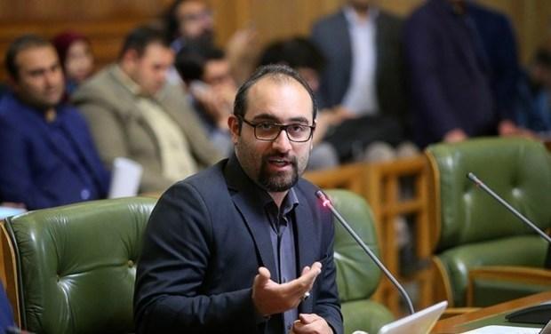 عضو شورای شهر تهران: شعار جوانگرایی بیشتر جوانفریبی است
