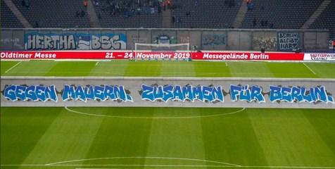 دیوار برلین فرو ریخت + عکس