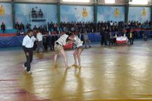 مسابقات کشتی با چوخه قندی استانهای خراسان در مشهد پایان یافت