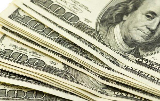 دلار ۴۲۰۰ تومان است، پس چرا قیمت ها بالا رفته؟