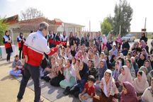 توزیع ۱۵۰۰ بسته نوشت افزار در مناطق سیلزده گلستان