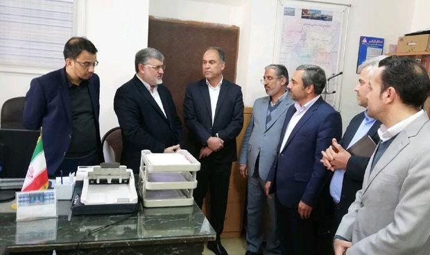 استاندار خراسان جنوبی از مرکز نامنویسی داوطلبان انتخابات بازدید کرد