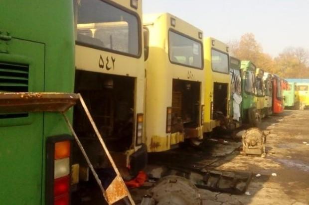 زمینگیری برخی اتوبوسهای شرکت واحد در پی نبود قطعات