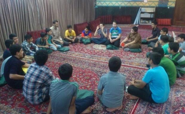 طرح پیوند نوجوانان با مسجد در مهریز آغاز شد