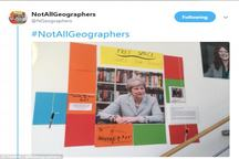 دانشجویان خشمگین عکس نخست وزیر انگلیسی را پایین کشیدند+ عکس