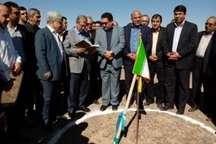 آغاز ساخت نیروگاه خورشیدی 10 مگاواتی اردکان با حضور وزیر تعاون