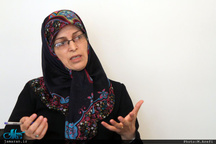 کنایه آذر منصوری به ذوالنوری پس از پخش بیانیه علیه روحانی