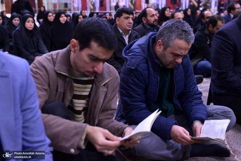 تجدید میثاق کتابداران و کارکنان نهاد کتابخانه عمومی کشور با آرمان های حضرت امام(س)
