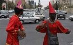 چهحاجیفیروزهایی که در چهارراه های تهران پرسه میزنند