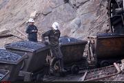 فعالیت ۷۰۰ هزار نفر در معادن کشور  تامین سنگ مهمترین مشکل کارخانه ذوب آهن پاسارگاد