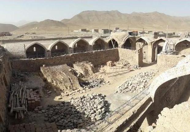 اثر تاریخی رباط زردان در دست مرمت است
