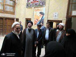 بازدید حجت الاسلام والمسلمین ناطق نوری از بیت امام خمینی(س) در نجف اشرف