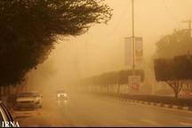 ادارات سیستان فردا به علت توفان و آلودگی هوا تعطیل است