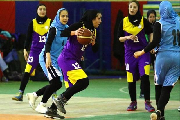 80 هزار بانوی استان بوشهر ورزشکار هستند