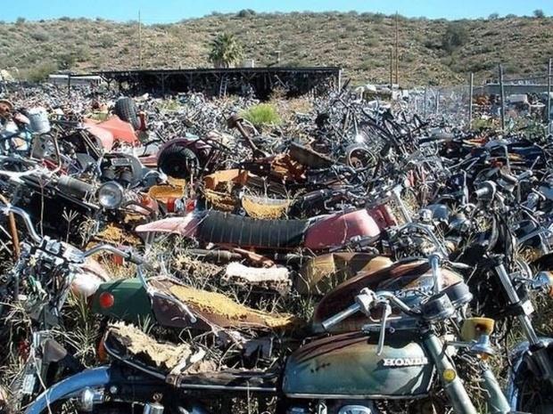 اسقاط موتورسیکلت های کاربراتوری با مصوبه دولت به تعویق افتاد