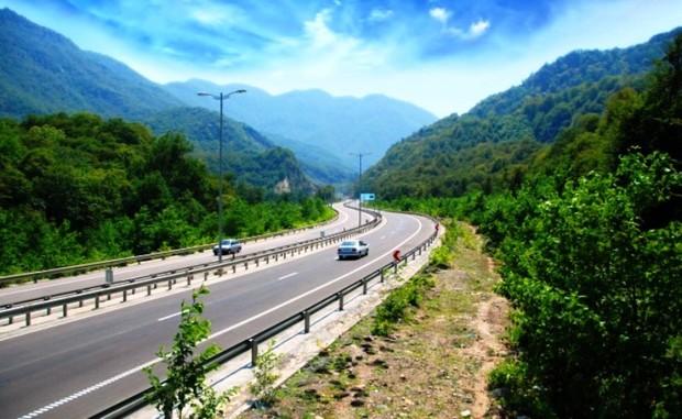 ساخت آزاد راه غرب مازندران سال آینده اجرایی می شود