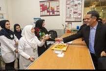 تامین کنندگان سلامت افراد جامعه باید حمایت شوند