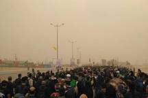 هاشور ریزگردها بر تن و جان شیفته زائران مرزهای غربی