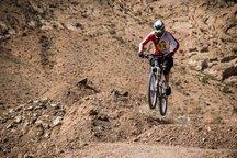 دوچرخه سواران استان مرکزی به اردوی تیم ملی می روند