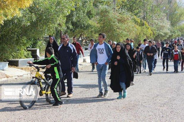 توزیع ۱۵۰ هزار تعرفه ثبتنام در همایش پیادهروی همدان