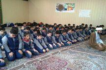 دو هزار امام جماعت در مدارس خراسان رضوی اقامه نماز می کنند
