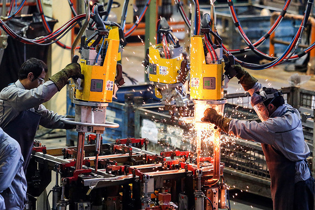 رونق تولید و شکوفایی اقتصاد غیرنفتی