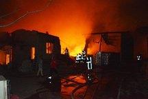 آتش سوزی انبار پلاسکو در تبریز مهار شد