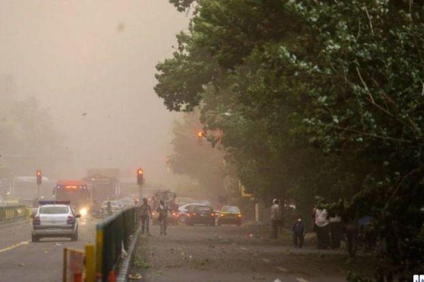 بارش پراکنده و وزش باد شدید در پایتخت پیش بینی می شود