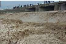شهروندان از حضور در مسیر رودخانه ها و مسیل های آذربایجان غربی اجتناب کنند