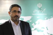 احمدی لاشکی: کارنامه زنگنه در وزارت نفت درخشان است