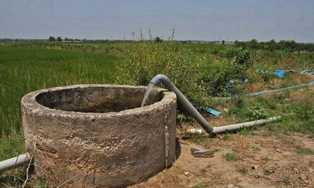 روستاییان کوشک بیدک شیراز به حفر چاه اعتراض کردند