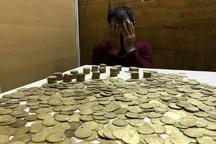 1300 سکه عتیقه از 2 مسافر مترو در تهران کشف شد