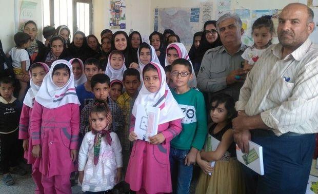 طرح یک ساعت با محیطبان در مدرسه اسلامآباد گناوه اجرا شد