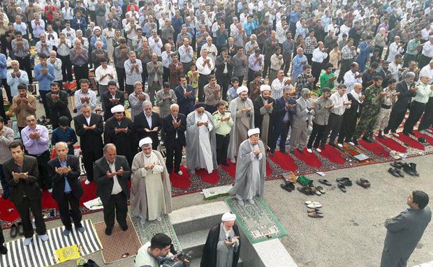 امام جمعه واستاندار سیستان و بلوچستان عید فطر را تبریک گفتند
