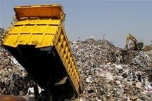 جمع آوری بیش از ۲۰۰ هزار تن زباله از معابر شهر ارومیه در سال ۹۵