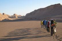 ورود تورهای گردشگری به عرصه جهانی بیابان لوت، نیازمند مجوز