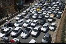 تردد خودروها درمسیرهای استان تهران پرحجم است