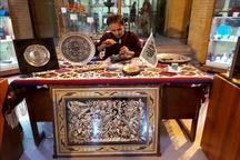 گشایش نمایشگاه تخصصی قلم زنی فلز در اردبیل