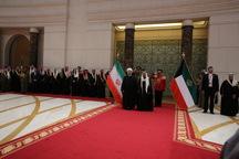 رئیس جمهور وارد کویت شد / استقبال رسمی امیر کویت از روحانی در فرودگاه