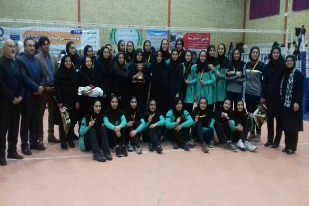 تیم دختران شهرداری قزوین به لیگ برتر والیبال راه یافت