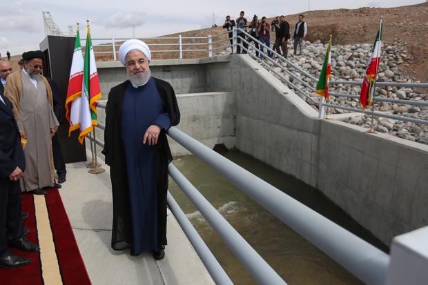 بهرهبرداری از طرحهای توسعه منابع آب و خاک نواحی مرزی آذربایجان غربی با با دستور رئیسجمهور